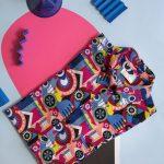 Foto arte en blog de camisa estampada de colores Stepanova